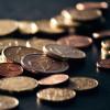 Hoe je tot 8% goedkoper kunt pinnen buiten de eurozone